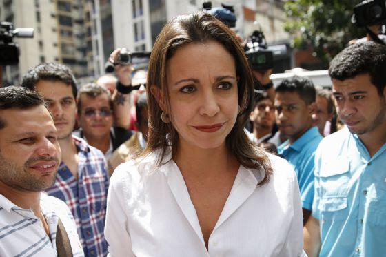 María Corina Machado pide solidaridad a Colombia