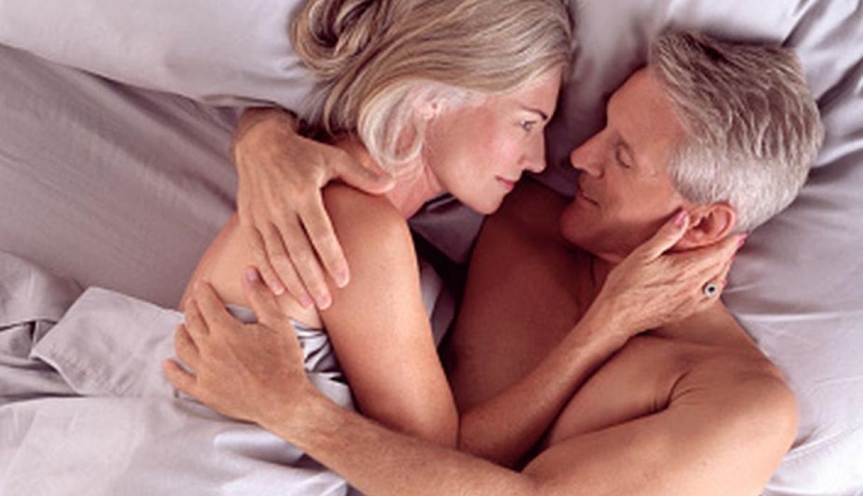 Секс двух пар молодой и пожилой, Пара Молодая Зрелая - Bub Porn -порно видео 8 фотография