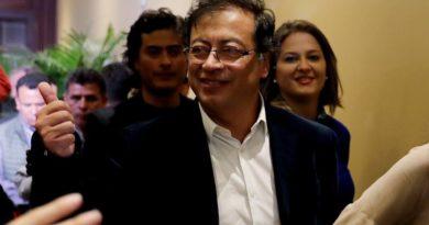 CNE abrió investigación preliminar de pagarés de campaña presidencial de Petro