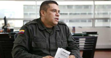"""Fiscalía llamó a juicio a general (r) Guatibonza por """"chuzadas"""" ilegales"""