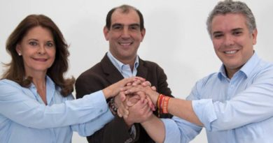 Jorge Mario Eastman presentó su renuncia a la Secretaria General de la Presidencia