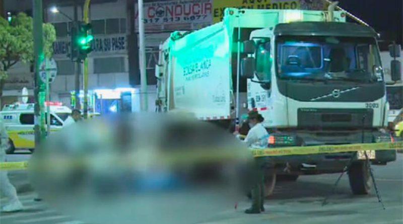 Choca contra camión de basuras, joven de 26 años en Bogotá.