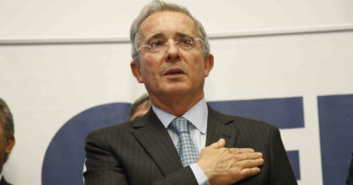 Las supuestas pruebas que exparamilitar presentará en contra de Uribe