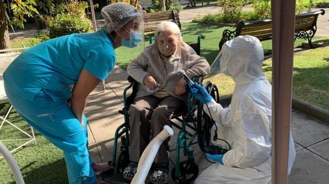 Juana Zúñiga de 111 años se recuperó del covid-19