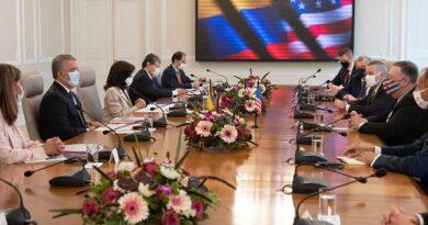 Colombia resalta apoyo de Estados Unidos contra lucha antidroga