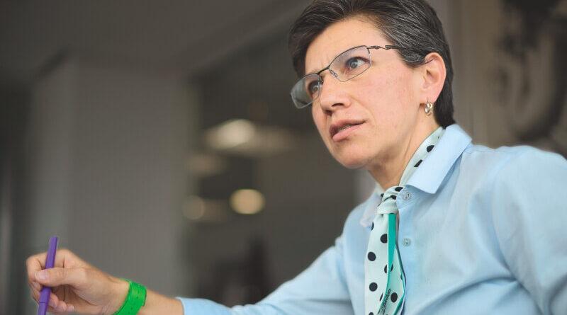 Gobierno señala a Claudia López de haberse reunido con líderes de la minga