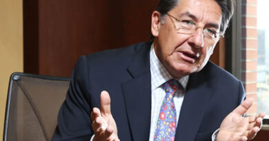 Opositores en España impiden el nombramiento de embajador